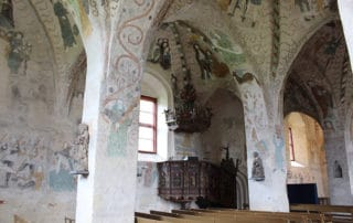 Hattula - Pyhän ristin kirkko, Holy cross church