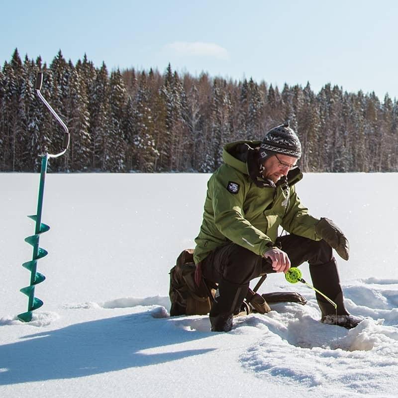 Visit_häme_luntoaktiviteetit_pilkillä_pilkki_talvi_nature_activities_icefishing