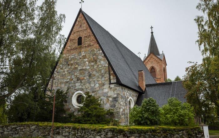 Hauhon_keskiaikainen_kivikirkko_medieval_church