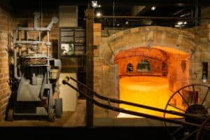 Lasimuseo_glassblowing_history