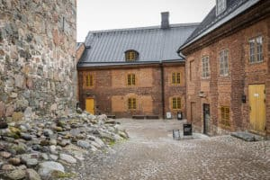 Häme_castle_yard