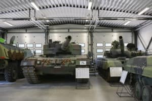 Parola_armour_museum_tanks