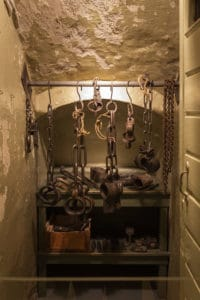vankila_kahleet_prison_chains