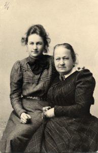 Henkilöt-Hanna-ja-Fredrika-Wetterhoff