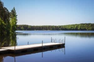sauna_laituri_järven_ranalla