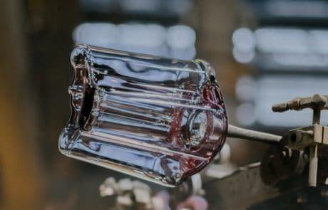 Iittala_making_of_recycled-glass_Aalto_wase
