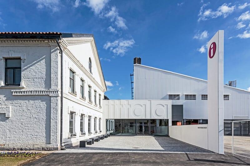 Production_Iittala_Iittalan_lasitehdas_140_vuotta