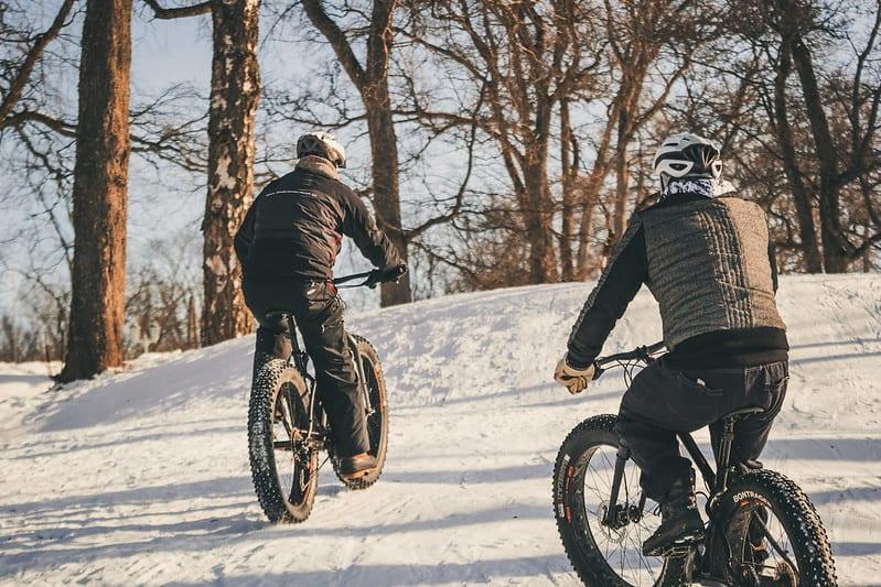 Talvipyoraily_Aulanko_outdoors_fatbikeilla_pyorailemaan_aulangolle