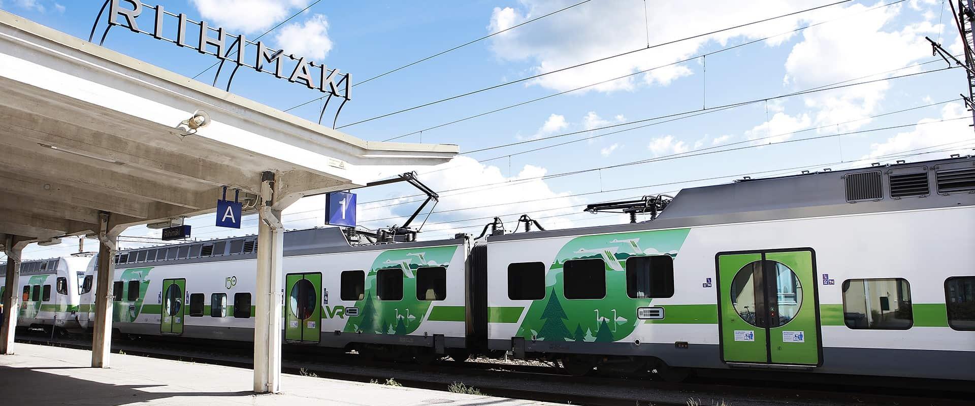 visit_hame_juna_riihimaki_junaasema_vr_rautatieasema_train_hameenlinna