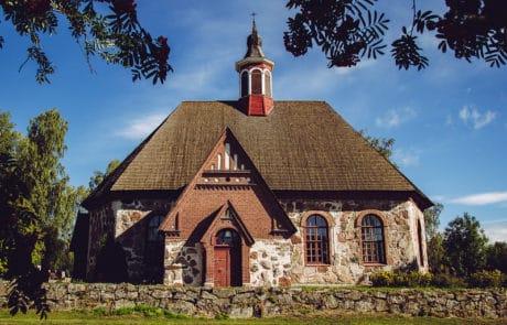 Keskiaikaiset-kirkot-Rengon-kirkko