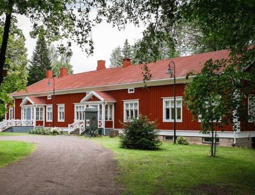 Idyllic Rautatienpuisto area in Riihimäki