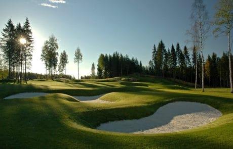 Tiilaakso-Linnagolf-golfkentta