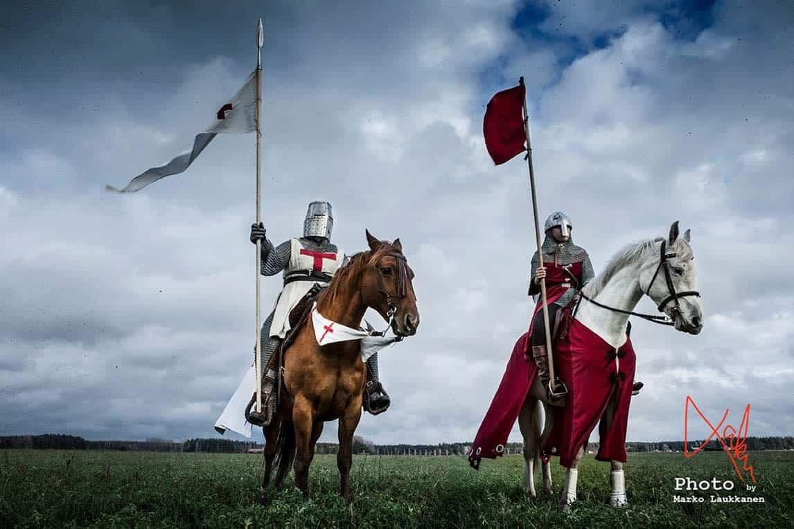 Launosten Kartano historiallinen ratsastus